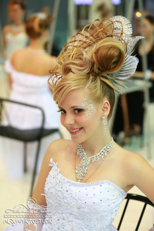 Прически на конкурс средние волосы